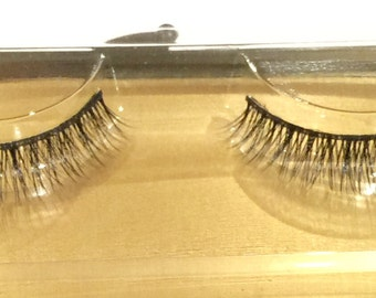100% Siberian Mink Eye Lashes - Hand Made [#K37] - [x10]