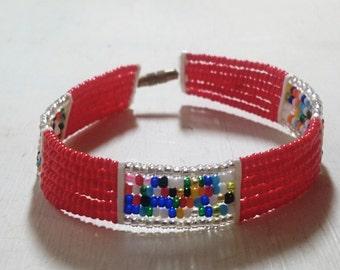 """Maasai Bracelet """"Enkatar""""- Red"""