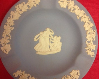 Wedgwood Jasperware Ash Tray   Great Christmas Gift