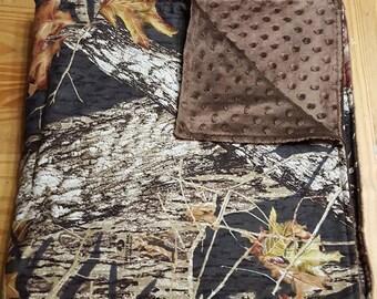 Mossy Oak Throw blanket, Adult size blanket, camo, wedding gift, housewarming gift, christmas gift, Hunting, Mossy Oak, Minky Blanket