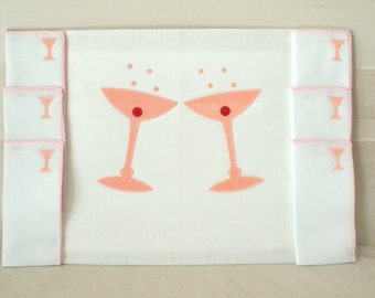Vintage Table Cloths, NOS 1950s Table Cloth and Napkin Set, White Tablecloth and Napkins, Martini Glass Cloth Tablecloth Set for 6