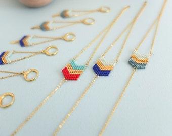 Bracelet chevrons, tissé à l'aiguille, en perles de verre japonaises Miyuki, apprêts dorés à l'or fin 24k