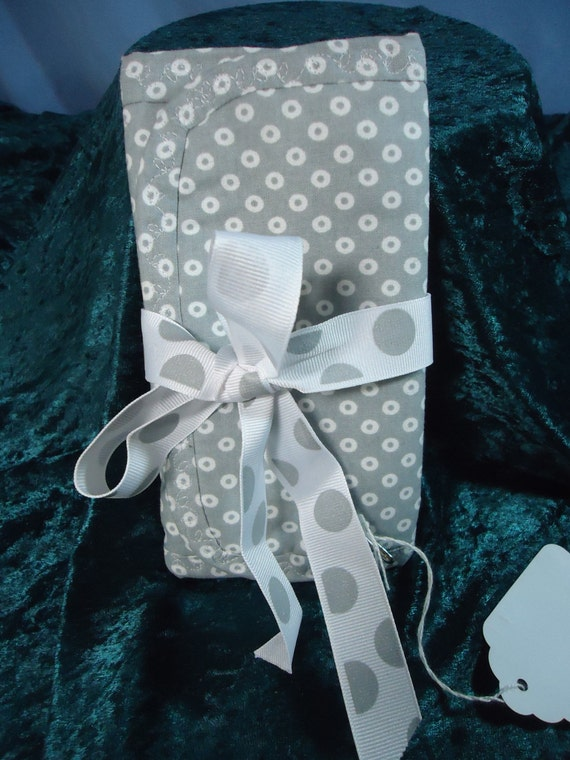 Travel Size Jewelry Organizer  7 1/2 inches x 12 inches Trifold Color - Grey & White Dot