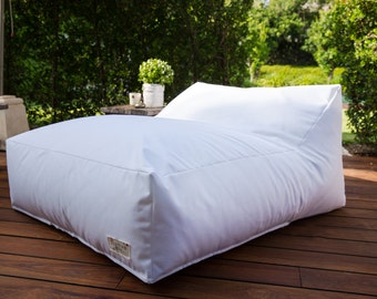 Bean Bag for the garden ,beanbag for the pool,pool beanbag,garden beanbags,beanbag sofa,beanbag chair,white beanbag,outdoor furniture.