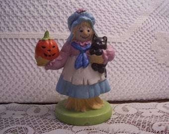 Halloween Scarecrow Woman Figurine