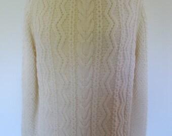 SALE 25% OFF Vintage aran sweater jumper Irish Hand Knit Aran knit cable jumper sweater size Medium