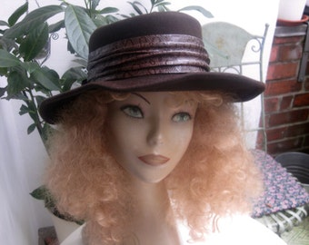 Lady like - old brown hat - KadeWe