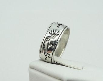 Vintage Kokopelli Dancer Solid Sterling Silver Band/Ring.  Southwest Native American Signed PSCL