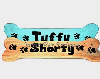 Pet Name Sign, With Paw Prints, Bone Shape Sign, Family Pet Name, Personalized Pet Sign, Doghouse Sign, Wooden Sign, Dog Name Sign,