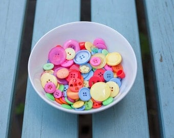 Summer Coloured Buttons