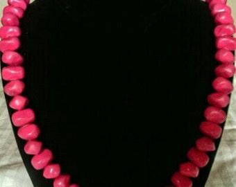 Vintage Pink Bead Neclace!!!