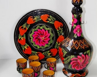 Handpainted wooden serving set from the Soviet Union-hand painted wooden service set from Soviet Union - made in USSR