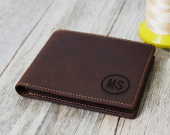 Custom Engrave  Groomsmens gift Wallet,  ,Men's Leather Wallet Personalized  Groomsman Wallet,Men's gift wallet engrave Custom  Wallet