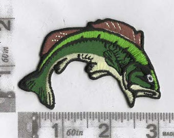 Large mouth bass iron on patch