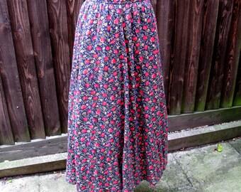 Laura Ashley Skirt, Vintage Laura Ashley, Vintage Skirt, 1980s Fashion, Size Small, Elasticated Waist, Jersey Skirt, Floral Skirt, Stretchy