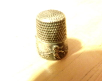 Rare Antique Vintage 1905 Sterling Silver Thimble, Simons Cherub and Flower Garland, Rare Thimble, Ornate Thimble