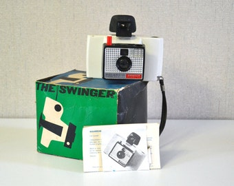 Vintage Polaroid SWINGER in its original box with leaflet 60s