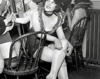 Showgirls Backstage, 1926. Vintage Photo Reproduction Print. 8x10 Black & White Photograph. Theater, Vaudeville, Chorus Girls, Dancers, 20s.