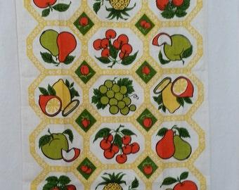 Mid Century Dishtowel 1970s Linen Kitchen Towel Fruits Design Mediterranean Style Orange Green Yellow Gold White Like New