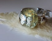 BIENESTAR EMOCIONAL - Pulsera Orgón - Citrino y Opalita con Mariposa en tono plata - Joyería Reiki Mujer - Talismán - Orgone - Ki - 006