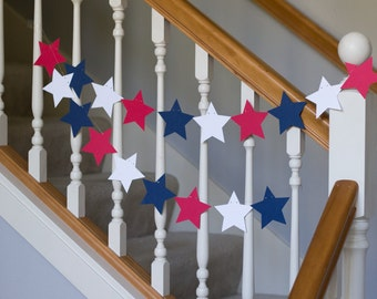 Patriotic garland, Fourth of July banner, red white and blue stars