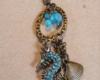 Royal Sea Horse in Auqua n Antique Gold Necklas