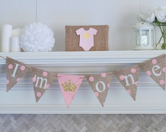 Pink and Gold First Birthday Party Banner, Princess 1st Birthday Banner, I Am One Banner, B354