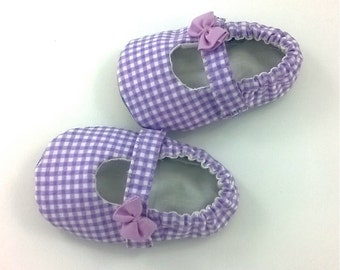 Newborn Mary Janes 3-6 months Lilac checks soft sole baby girl shoes leather soft sole shoes Newborn gift Bay girl slippers