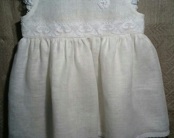 White Linen Dress for Flower Girls. Flower Girls White Linen Dress. White Linen Dress for Flower Girls