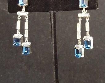Vintage Crown Trifari Blue Sapphire Rhinestone Clip Earrings