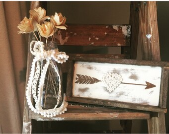 """READY TO SHIP Rustic Shabby Chic Arrow with Crochet Heart, Framed in Lath (9""""x4.5"""")"""