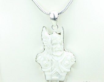 Norse God of Thunder THOR TOTEM Goddess Face Moon Face Bone Carving 925 S0LID Sterling Silver Pendant + 4MM Chain p3910