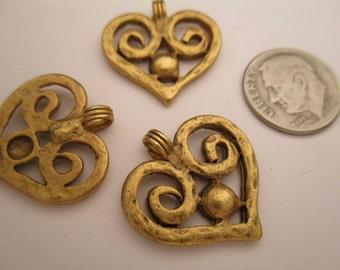 Item:BC818785 - Vintage Metal Antiqued Gold-tone Heart Pendant / Charm