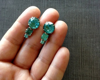 Mid Century Aquamarine Rhinestone Screw Back Earrings
