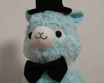 Gentleman Set Bow Tie and Top Hat for your Alpacasso Alpaca Arpakasso no Alpaca included
