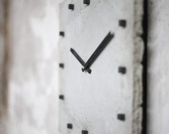 punktclock | wallclock made of concrete