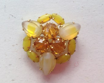 Vintage Yellow Givre Art Glass Brooch 0491