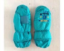 Vintage 80s Embroidered Ski Mittens Kids Winter Gloves Snow Sports Ice Winter Resort Holiday Retro Kitsch 1980s Accessories 90s 1990s