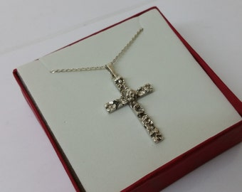 835 silver cross pendant flowers vintage SK914