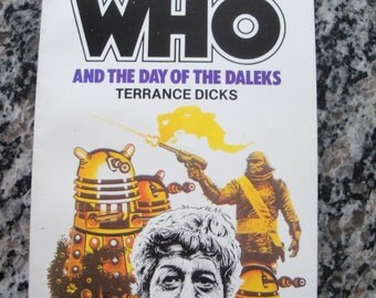 Doctor Who - And The Day of The Daleks - Target Paperback Book