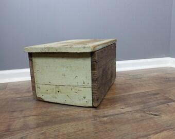 Primitive WOOD Box Stool Green Chippy Paint