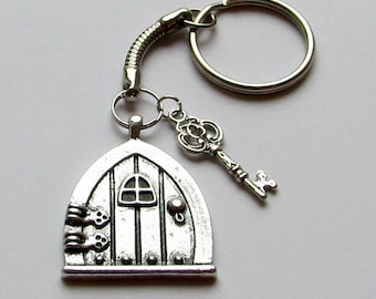 Superb Fairy Door Keyring, Key Charm, Fantasy Keyring , Hobbit Door Keyring, Bag  Charms