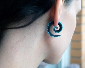 Tentacle fake gauge earrings black and turquoise blue spirals fake plugs fake gauges octopus