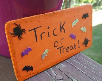 Trick or Treat Halloween Magnet , Halloween Decor , Halloween Art