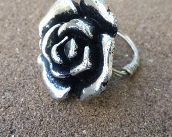 Rosebud Ring (Size 6)