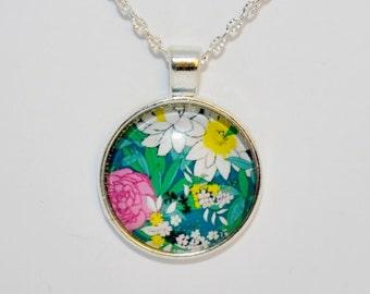 Flower Necklace Pendant , Round Pattern Glass Cabochon