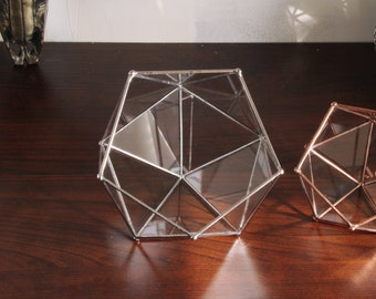 Geometric glass terrarium. Rings box. Handmade. Icosahedron. Tiffany stained glass. Indoor garden