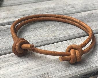 Surfer bracelet made of goat leather cognac