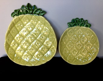 Two Cemar Pottery Pineapple Plates (1935-1955)
