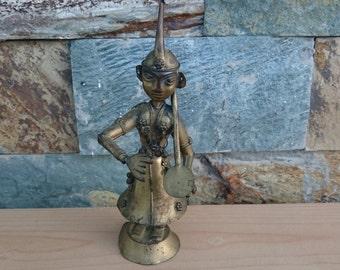 India Hindu Vintage Statue Playing a Tanpura with black patina